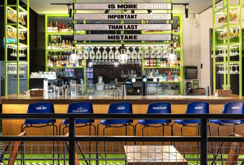 Wyjątkowa, sportowa atmosfera w jednej z warszawskich restauracji